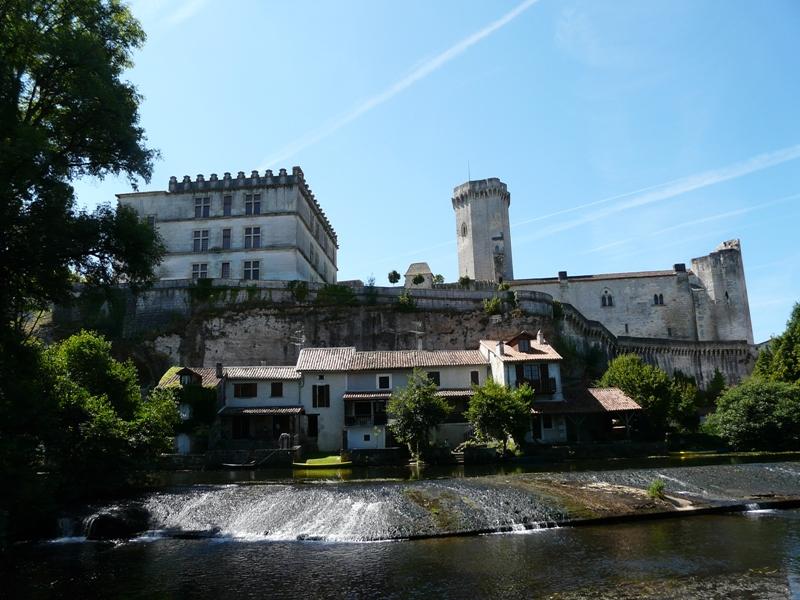 Bourdeilles_châteaux_(2)