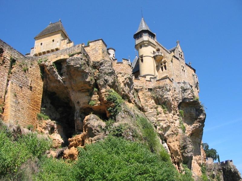 Château de Montfort, dans la commune de Vitrac