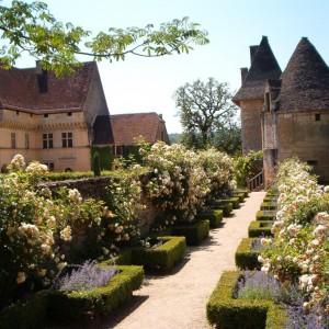 Chateau et Jardins de Losse Montignac Lascaux